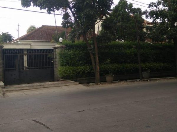 Jual Rumah dg Halaman Luas di Jalan Utama Cinambo Bandung