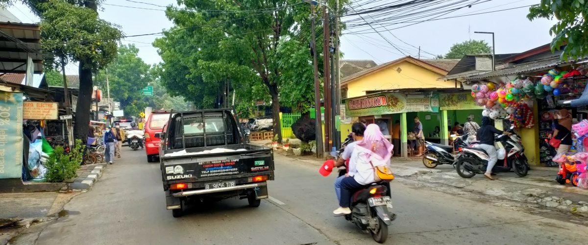 Di Jual Cepat Rumah Murah di pinggir jalan raya utama ciracas raya sudah ada kios dan kontrakan jakarta timur